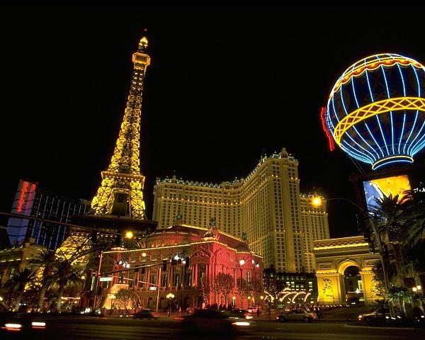Klicken Sie auf die Grafik für eine größere Ansicht  Name:Paris_-_Las_Vegas.jpg Hits:310 Größe:244,9 KB ID:14048