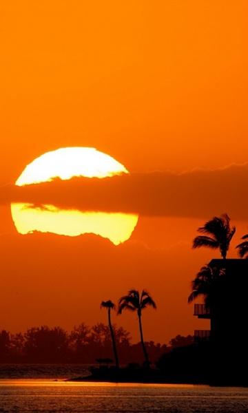 Klicken Sie auf die Grafik für eine größere Ansicht  Name:Sunset.jpg Hits:309 Größe:63,9 KB ID:19850