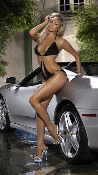 Klicken Sie auf die Grafik für eine größere Ansicht  Name:Hot Ferrari.jpg Hits:617 Größe:87,8 KB ID:21348