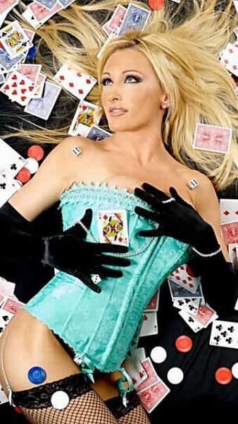 Klicken Sie auf die Grafik für eine größere Ansicht  Name:sexy poker girls2.jpg Hits:405 Größe:80,0 KB ID:33008