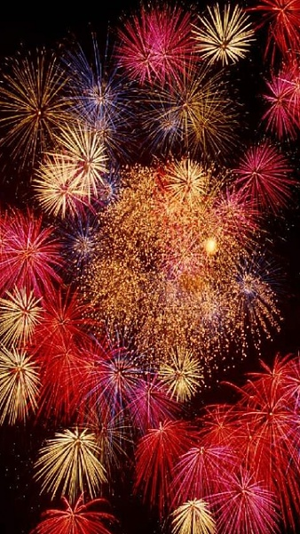 Klicken Sie auf die Grafik für eine größere Ansicht  Name:Feuerwerk_4.jpg Hits:721 Größe:285,5 KB ID:33830