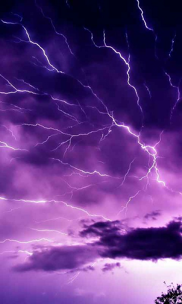 Klicken Sie auf die Grafik für eine größere Ansicht  Name:Blitz2.jpg Hits:2120 Größe:20,1 KB ID:35725