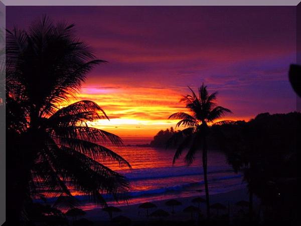 Klicken Sie auf die Grafik für eine größere Ansicht  Name:HTC Touch Pro Hintergrundbilder.jpg Hits:12011 Größe:142,3 KB ID:43585