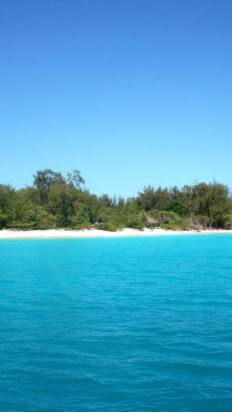 Klicken Sie auf die Grafik für eine größere Ansicht  Name:beaches-landscapes-paradise.jpg Hits:100 Größe:264,9 KB ID:51443