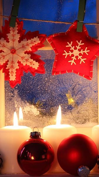 Klicken Sie auf die Grafik für eine größere Ansicht  Name:Handy Wallpaper Weihnachten 5.jpg Hits:103 Größe:357,7 KB ID:55439