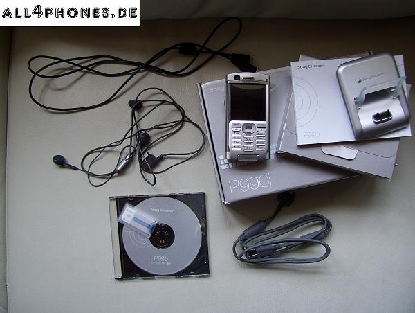 Klicken Sie auf die Grafik für eine größere Ansicht  Name:Sony Ericsson P990i Lieferumfang.jpg Hits:167 Größe:637,8 KB ID:9305