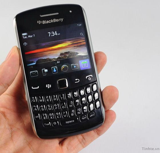 BlackBerry Curve Apollo 9370: Erste Informationen und Bilder