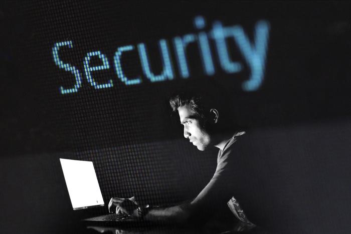 Welche Sicherheitsanwendungen braucht man für sein Smartphone?