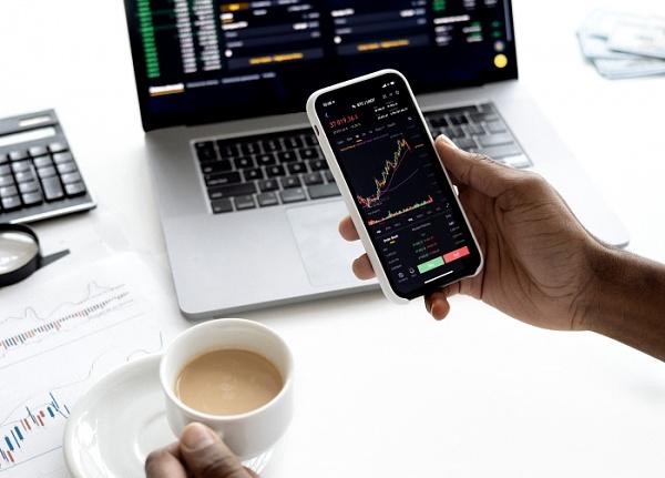 Trading leicht gemacht: So geht einfaches traden mit dem Handy